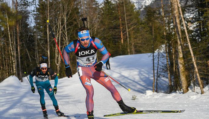 Слева направо: Мартен Фуркад (Франция) и Антон Шипулин (Россия) на чемпионате мира по биатлону в австрийском Хохфильцене