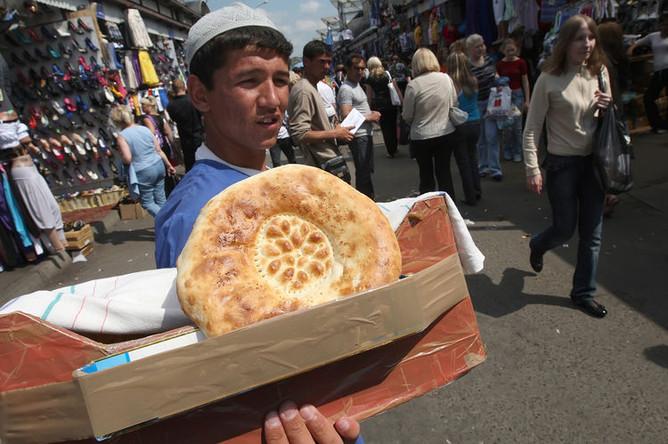 Черкизовский рынок незадолго до закрытия, 10 июня 2009 года