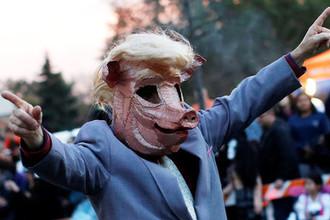 Подложить свинью: Трампу предсказали разоблачение