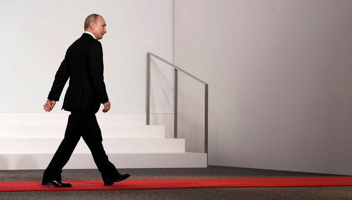 Президент Белоруссии Александр Лукашенко и президент России Владимир Путин во время встречи в Сочи, 7 февраля 2020 года