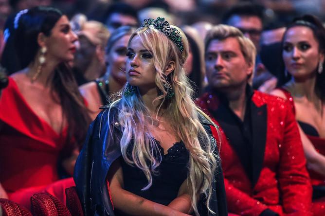 Гости на церемонии вручения XIV ежегодной национальной телевизионной премии в области популярной музыки «Муз-ТВ 2016» в спорткомплексе «Олимпийский»