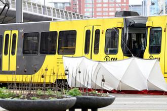 Бойня на трамвайной остановке: есть погибшие