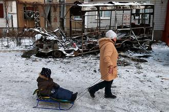 Последствия обстрела района Текстильщик города Донецка
