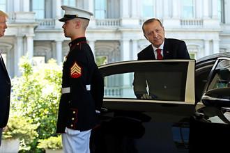 Президент США Дональд Трамп и президент Турции Реджеп Тайип Эрдоган после встречи в Белом доме, 16 мая 2017 года