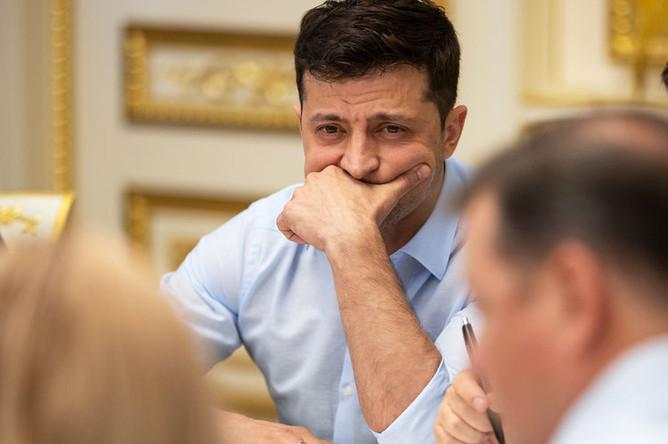 Президент Украины Владимир Зеленский во время встречи с законодателями в Киеве, май 2019 года