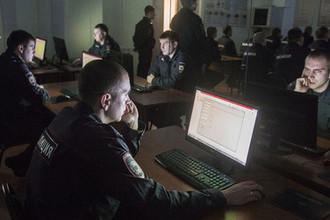 Санкции в интернете: россиян накажут за оскорбление полицейских