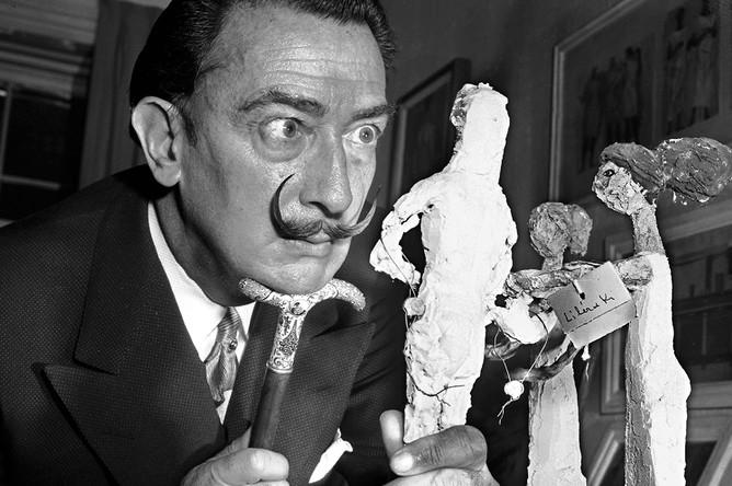 Сальвадор Дали на выставке в Нью-Йорке, 1956 год