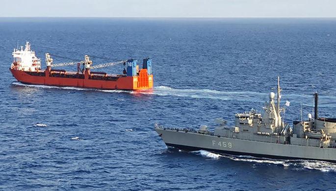 «Дружественный визит»: на торговое судно РФ высадились силы НАТО