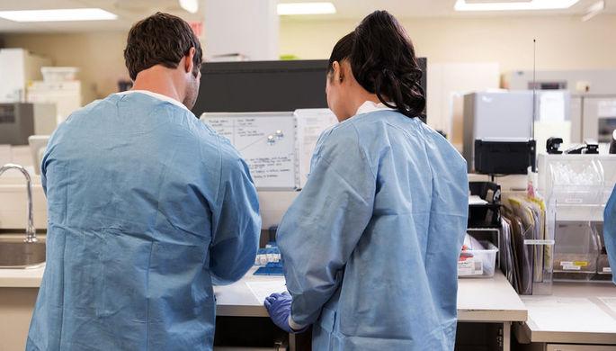 «Это балаган»: в РУДН присвоили ученую степень гомеопату