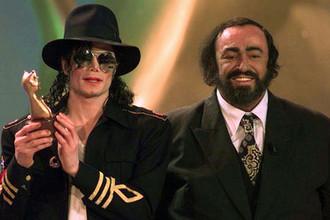 Майкл Джексон и Лучано Паваротти на церемонии вручения телевизионной премии «Telegatti» в Милане, 1997 год