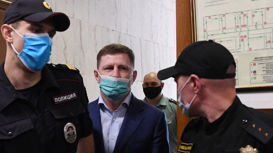 Губернатор Хабаровского края Сергей Фургал в Басманном суде Москвы, 10 июля 2020 года