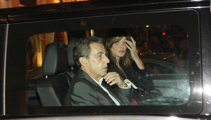 Николя Саркози с супругой Карлой Бруни-Саркози перед ее концертом в Афинах, 23 октября 2017