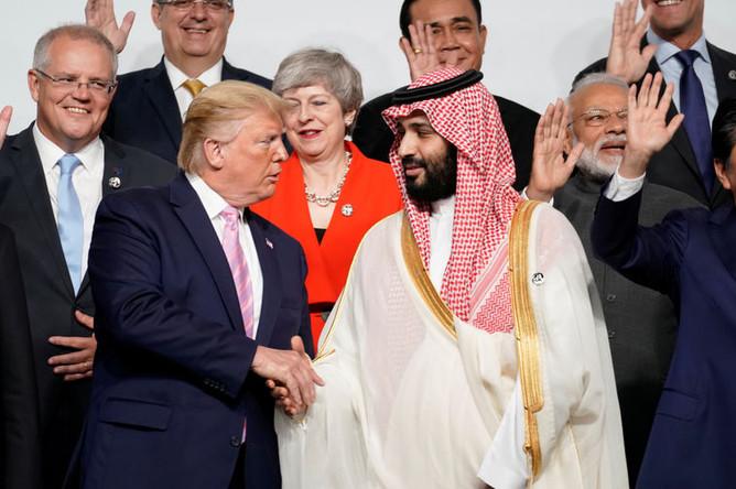 Президент США Дональд Трамп и наследный принц Саудовской Аравии Мухаммед ибн Салман Аль Сауд на саммите G20, 28 июня 2019 года