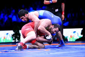 Российский борец Даурен Куруглиев в золотом финале чемпионата Европы