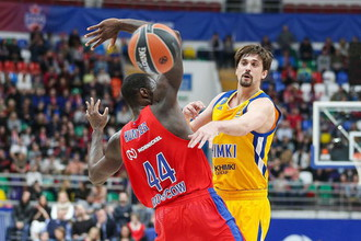 Эпизод российского четвертьфинала баскетбольной Евролиги