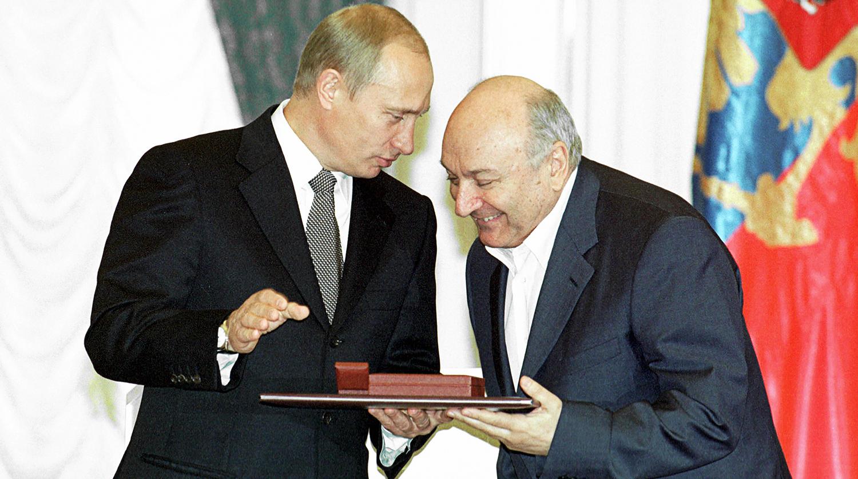 «Прощай, гений!»: где и когда похоронят легендарного Михаила Жванецкого?