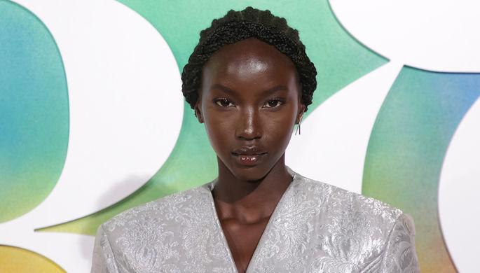 Смотрят с отвращением: как страдают темнокожие модели