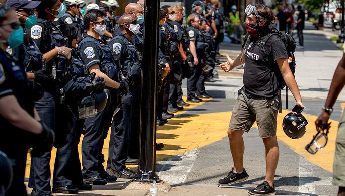 «Мы облажаемся, и это ужасно»: как в США реформируют полицию