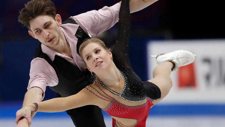 Екатерина Александровская и Харли Уиндзор во время выступления на чемпионате мира по фигурному катанию, 2018 год