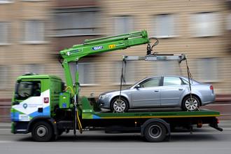 Эвакуация автомобиля с парковки в неположенном месте