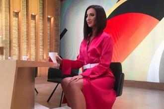 Ведущая программы «Бабий бунт» Ольга Бузова