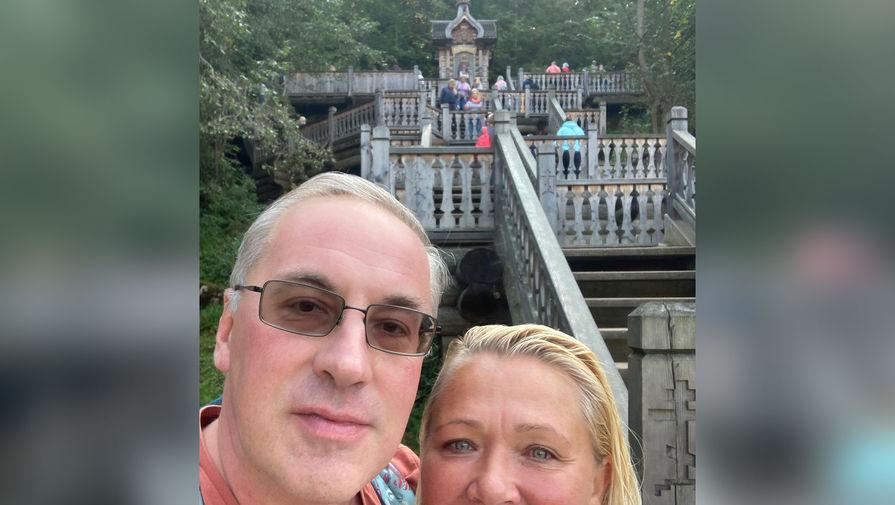 Телеведущий Норкин показал, как проводит медовый месяц с новой супругой