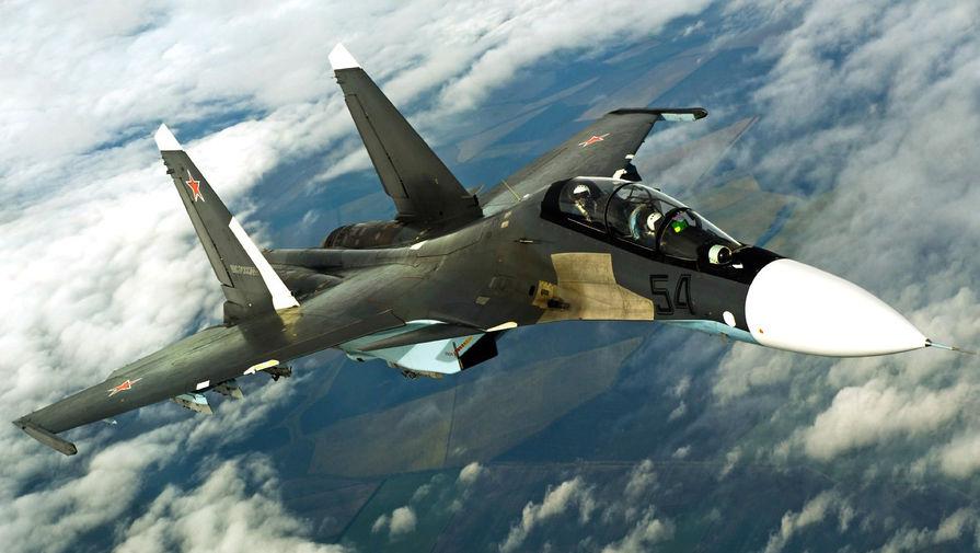 Истребитель Су-30 сопроводил над Черным морем самолет-разведчик США
