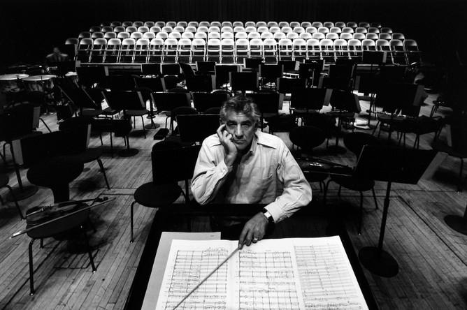 Леонард Бернстайн, дирижер, композитор, преподаватель, филармония, Нью-Йорк