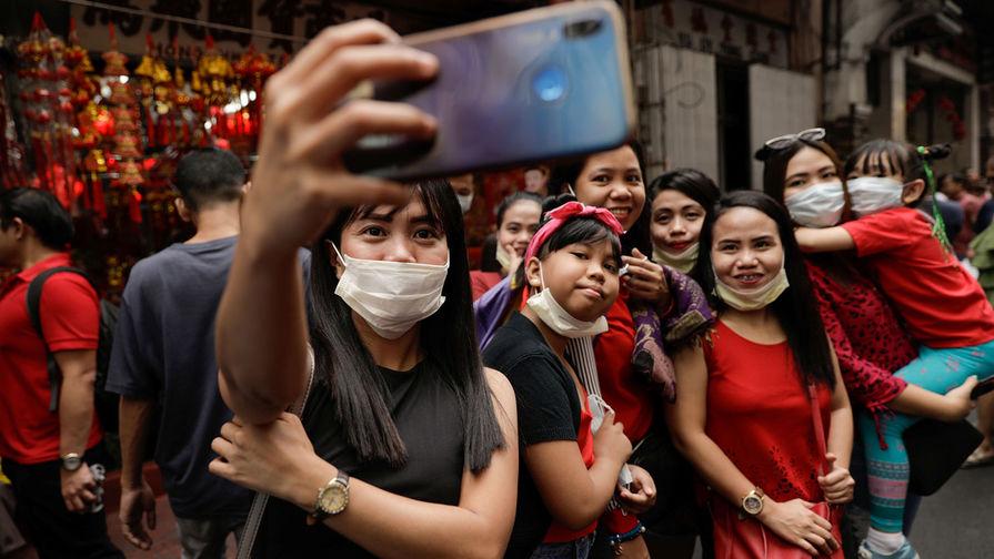 Празднование Нового года по лунному календарю в китайском квартале Бинондо, Манила, 25 января 2020 года