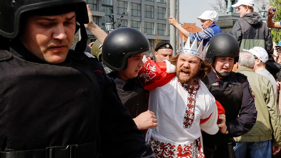 Сторонники Алексея Навального вышли на акции в регионах России