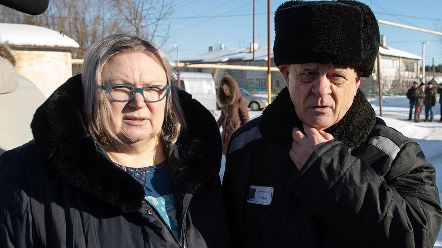 Бывший полковник ГРУ Владимир Квачков и его супруга Надежда после выхода изисправительной колонии №5, 19 февраля 2019 года