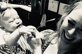 Жестоко и странно: что звездные родители делают со своими детьми