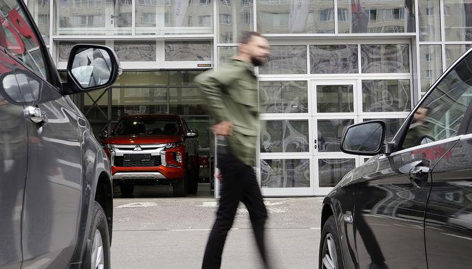 Не вывезли: автокомпании подсчитали потери в России