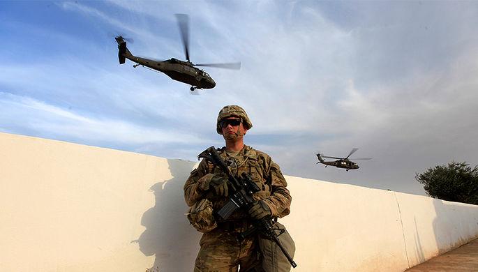Американский военнослужащий на военной базе в окрестностях города Махмур, 18 октября 2016 года