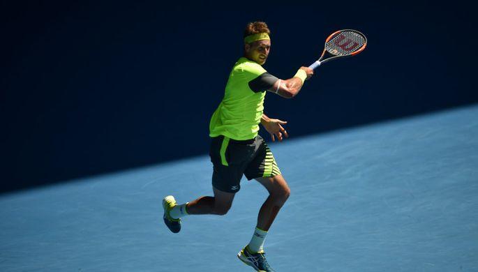 Российский теннисист Даниил Медведев во время матча против француза Жиль Симона