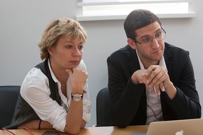 Главный редактор «Газеты.Ru» Светлана Бабаева и редактор отдела «Автомобили» Евгений Шипилов.