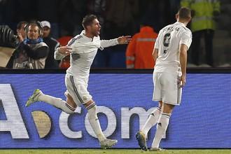 Серхио Рамос празднует первый гол в матче