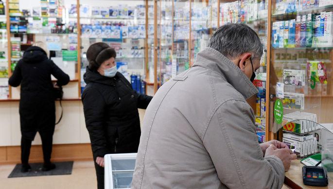 Хочешь выздороветь — плати: почему больницы требуют с пациентов лекарства