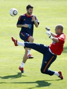 Сеск Фабрегас сейчас готовится к старту ЧМ в сборной Испании