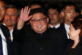 Лидер КНДР Ким Чен Ын в знаменитом отеле Сингапура Marina Bay Sands, 11 июня 2018 года