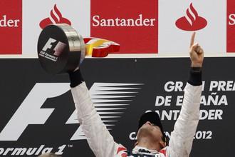 Пастор Мальдонадо впервые в карьере победил на этапе «Формулы-1»