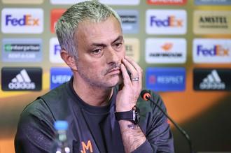 Главный тренер ФК «Манчестер Юнайтед» Жозе Моуринью