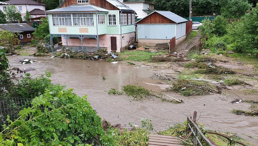 Обстановка в Рузе, где прорвало дамбу после ливня, 9 июля 2020 года
