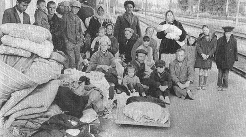 Гульнара Бекирова о литературных и документальных свидетельствах депортации крымских татар - Газета.Ru