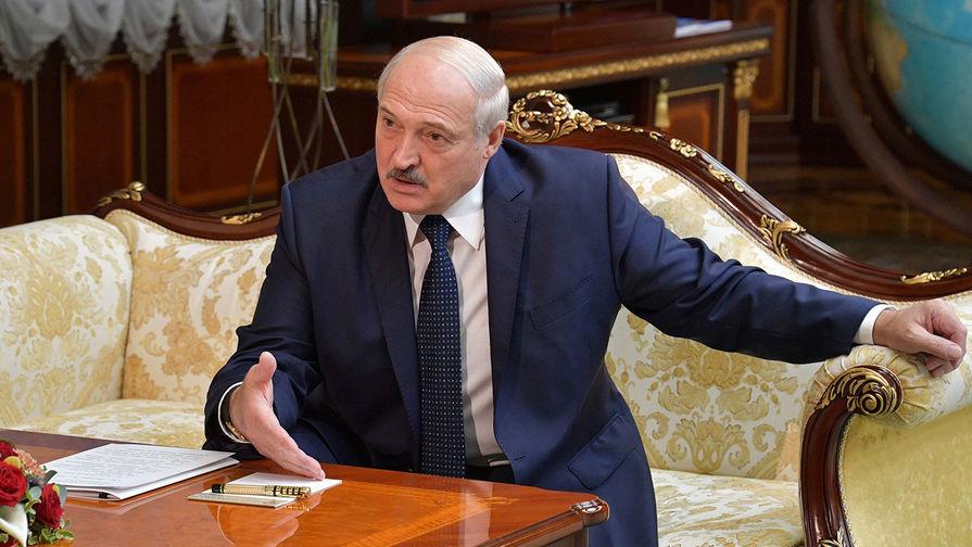 Президент Белоруссии Александр Лукашенко во время встречи с председателем правительства РФ Михаилом Мишустиным в Минске, 3 сентября 2020 года