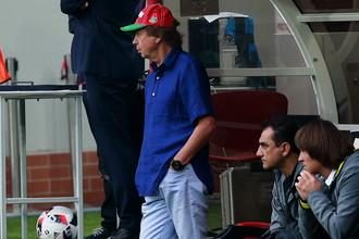 При Юрии Семине (крайний слева) «Локомотив» проиграл в чемпионате три матча подряд