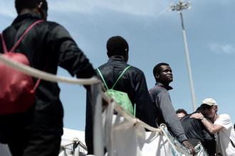 «Предаем наши ценности»: как мигранты раскололи Европу