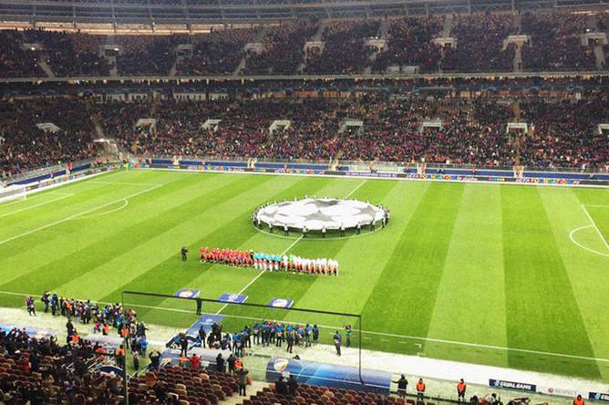 Перед началом матча группового этапа Лиги чемпионов УЕФА между ПФК ЦСКА и ФК «Виктория» в Москве, 27 ноября 2018 года