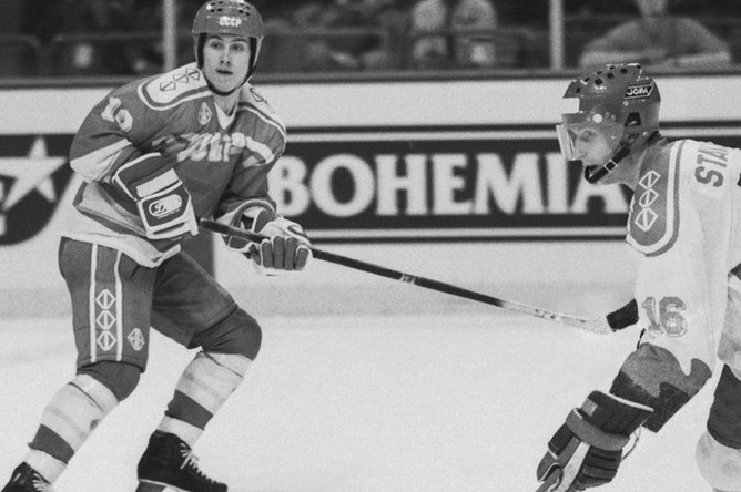 Александр Могильный (слева), 1989 год