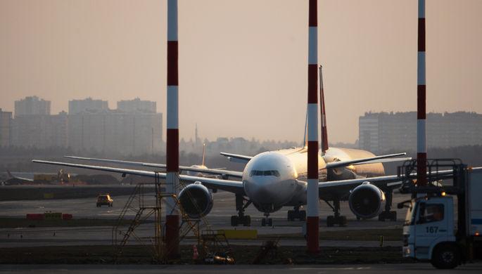 Игра на вылет: как авиакомпании борются с кризисом
